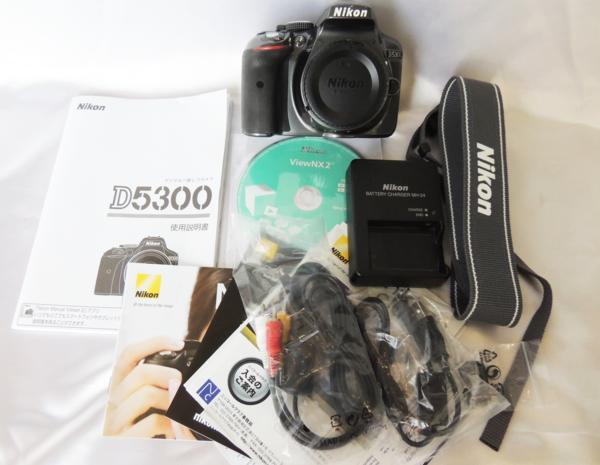 Nikon ニコン D5300 本体 レンズ無し デジタル一眼