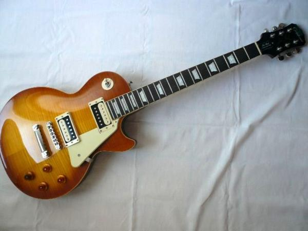 Epiphoneエピフォン LesPaul TraditionalPRO